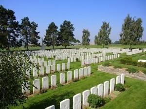 Highland Cemetery Le Cateau
