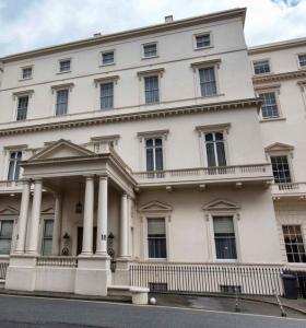 18 Carlton House Terrace